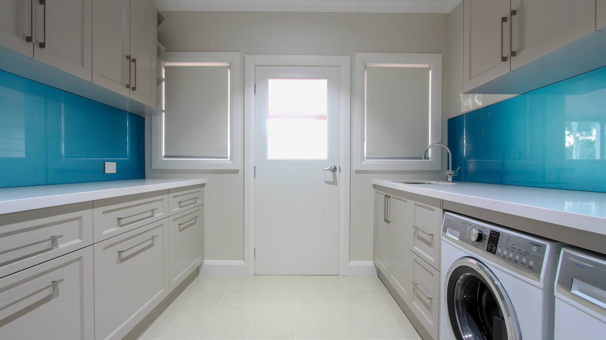 Laundry j d custom cabinetry we design and build laundry cabinets to suit your style and needs whether you need new cabinets for your existing laundry or a new fit out we can create a solutioingenieria Images